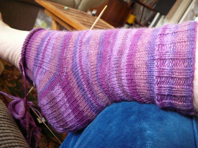 knit socks ciruclar