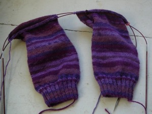 knitting two socks two circulars