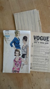 Vogue 5883